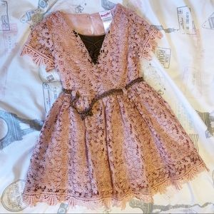 Lace old pink dress 4T